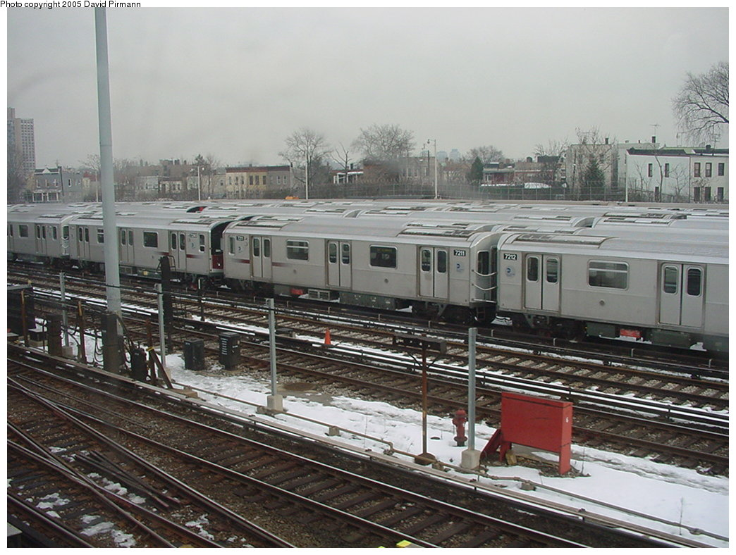 (194k, 1044x788)<br><b>Country:</b> United States<br><b>City:</b> New York<br><b>System:</b> New York City Transit<br><b>Location:</b> Unionport Yard<br><b>Car:</b> R-142A (Primary Order, Kawasaki, 1999-2002)  7211 <br><b>Photo by:</b> David Pirmann<br><b>Date:</b> 1/14/2001<br><b>Viewed (this week/total):</b> 3 / 4536