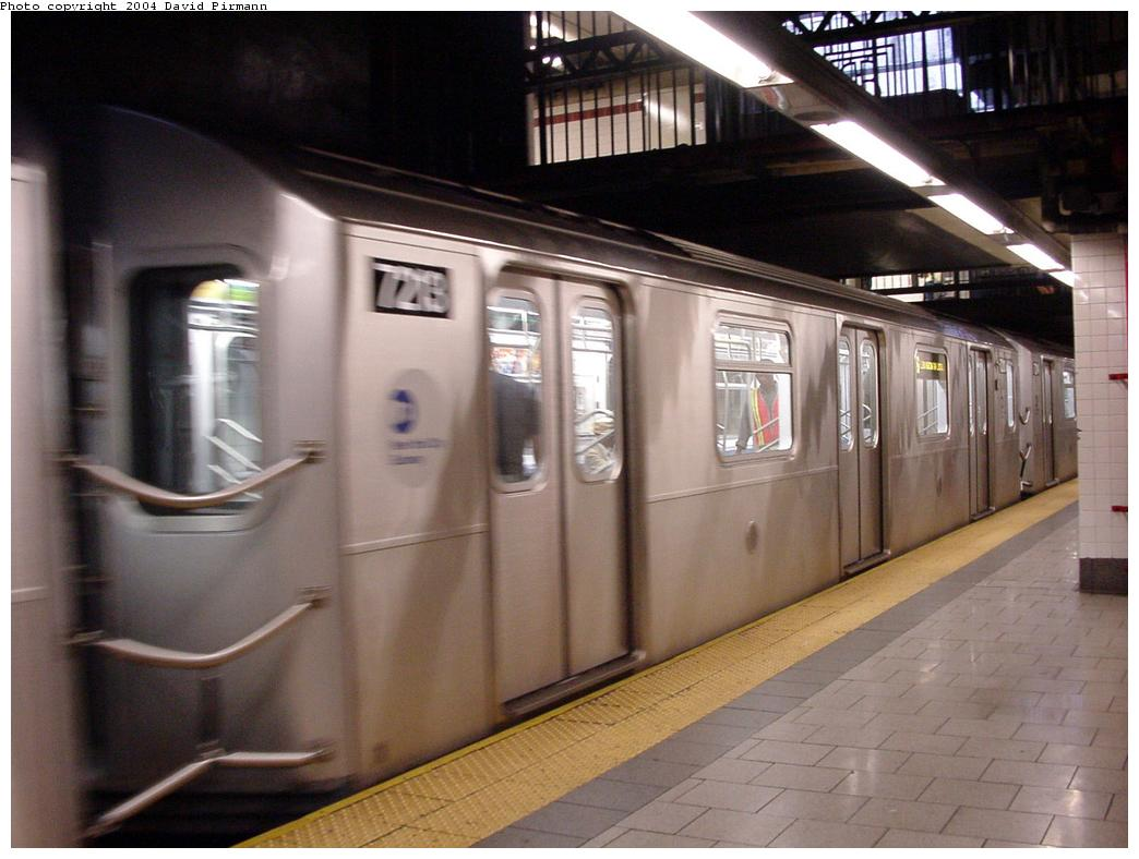 (109k, 1044x788)<br><b>Country:</b> United States<br><b>City:</b> New York<br><b>System:</b> New York City Transit<br><b>Line:</b> IRT East Side Line<br><b>Location:</b> Brooklyn Bridge/City Hall <br><b>Route:</b> 6<br><b>Car:</b> R-142A (Primary Order, Kawasaki, 1999-2002)  7213 <br><b>Photo by:</b> David Pirmann<br><b>Date:</b> 7/29/2000<br><b>Viewed (this week/total):</b> 0 / 4509
