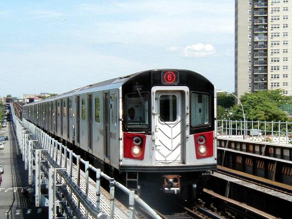 (86k, 600x450)<br><b>Country:</b> United States<br><b>City:</b> New York<br><b>System:</b> New York City Transit<br><b>Line:</b> IRT Pelham Line<br><b>Location:</b> Morrison/Soundview Aves. <br><b>Route:</b> 6<br><b>Car:</b> R-142A (Primary Order, Kawasaki, 1999-2002)  7271 <br><b>Photo by:</b> Trevor Logan<br><b>Date:</b> 6/27/2001<br><b>Viewed (this week/total):</b> 0 / 8576