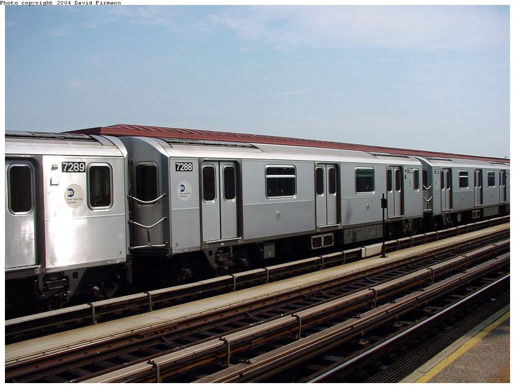 (116k, 1044x788)<br><b>Country:</b> United States<br><b>City:</b> New York<br><b>System:</b> New York City Transit<br><b>Line:</b> IRT Pelham Line<br><b>Location:</b> Middletown Road <br><b>Route:</b> 6<br><b>Car:</b> R-142A (Primary Order, Kawasaki, 1999-2002)  7288 <br><b>Photo by:</b> David Pirmann<br><b>Date:</b> 7/4/2001<br><b>Viewed (this week/total):</b> 5 / 4483