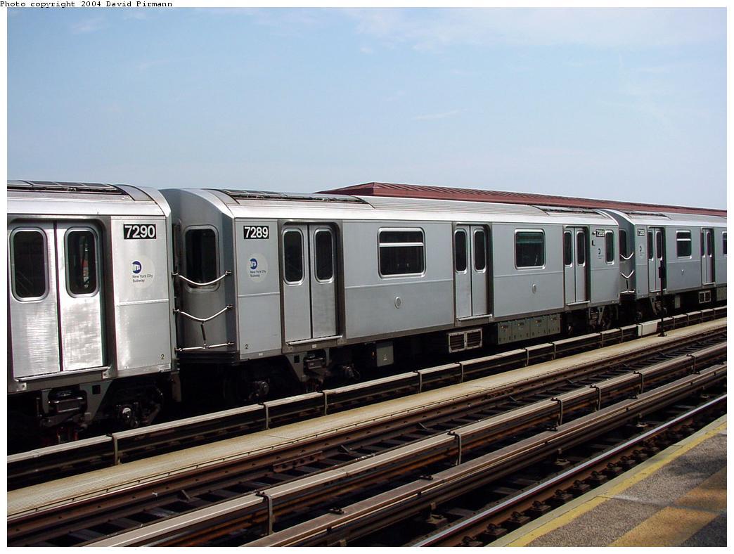 (122k, 1044x788)<br><b>Country:</b> United States<br><b>City:</b> New York<br><b>System:</b> New York City Transit<br><b>Line:</b> IRT Pelham Line<br><b>Location:</b> Middletown Road <br><b>Route:</b> 6<br><b>Car:</b> R-142A (Primary Order, Kawasaki, 1999-2002)  7289 <br><b>Photo by:</b> David Pirmann<br><b>Date:</b> 7/4/2001<br><b>Viewed (this week/total):</b> 1 / 4498