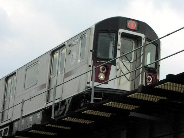 (52k, 600x450)<br><b>Country:</b> United States<br><b>City:</b> New York<br><b>System:</b> New York City Transit<br><b>Location:</b> Westchester Avenue El<br><b>Route:</b> 6<br><b>Car:</b> R-142A (Primary Order, Kawasaki, 1999-2002)  7400 <br><b>Photo by:</b> Trevor Logan<br><b>Date:</b> 7/17/2001<br><b>Viewed (this week/total):</b> 0 / 3391