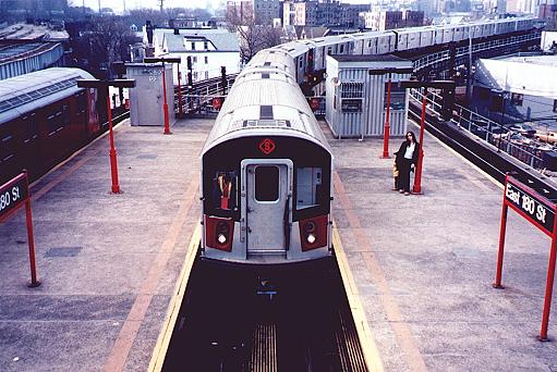 (50k, 511x342)<br><b>Country:</b> United States<br><b>City:</b> New York<br><b>System:</b> New York City Transit<br><b>Line:</b> IRT White Plains Road Line<br><b>Location:</b> East 180th Street <br><b>Car:</b> R-142A (Primary Order, Kawasaki, 1999-2002)  7220 <br><b>Photo by:</b> Trevor Logan<br><b>Date:</b> 3/9/2000<br><b>Viewed (this week/total):</b> 0 / 6668