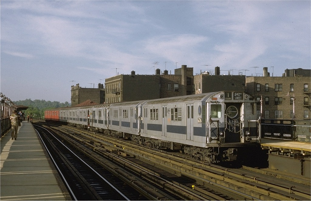 (193k, 1024x663)<br><b>Country:</b> United States<br><b>City:</b> New York<br><b>System:</b> New York City Transit<br><b>Line:</b> IRT West Side Line<br><b>Location:</b> 238th Street <br><b>Route:</b> 1<br><b>Car:</b> R-17 (St. Louis, 1955-56) 6724 <br><b>Photo by:</b> Joe Testagrose<br><b>Date:</b> 5/21/1972<br><b>Viewed (this week/total):</b> 0 / 2399