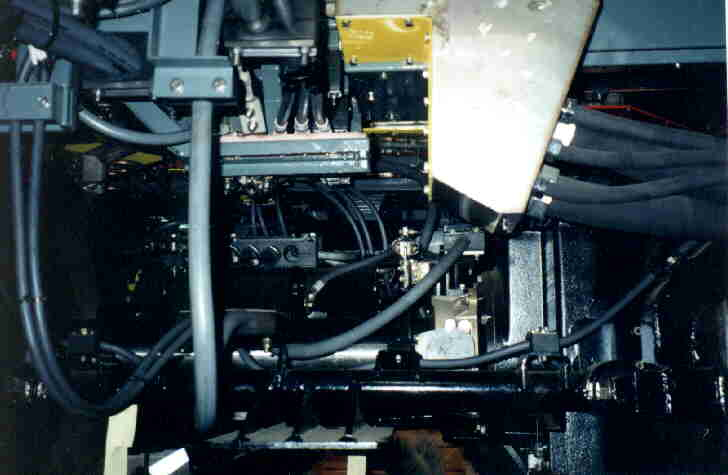 (23k, 728x475)<br><b>Country:</b> United States<br><b>City:</b> New York<br><b>System:</b> New York City Transit<br><b>Location:</b> East New York Yard/Shops<br><b>Car:</b> R-143 (Kawasaki, 2001-2002) Underbody <br><b>Photo by:</b> Steve Kreisler<br><b>Date:</b> 5/21/2001<br><b>Viewed (this week/total):</b> 0 / 3408