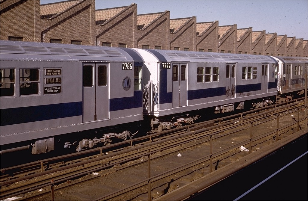 (228k, 1024x671)<br><b>Country:</b> United States<br><b>City:</b> New York<br><b>System:</b> New York City Transit<br><b>Location:</b> East 180th Street Yard<br><b>Car:</b> R-26 (American Car & Foundry, 1959-60) 7777 <br><b>Collection of:</b> Joe Testagrose<br><b>Date:</b> 11/19/1972<br><b>Viewed (this week/total):</b> 0 / 6584