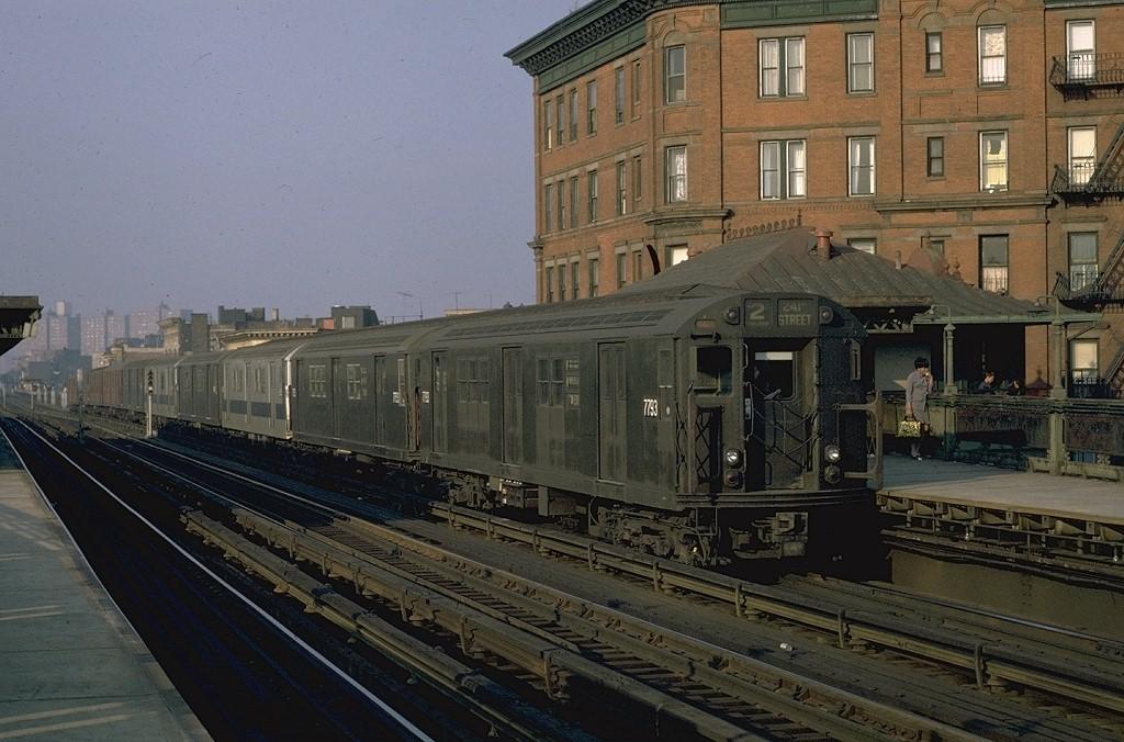 (200k, 1024x676)<br><b>Country:</b> United States<br><b>City:</b> New York<br><b>System:</b> New York City Transit<br><b>Line:</b> IRT White Plains Road Line<br><b>Location:</b> Simpson Street <br><b>Route:</b> 2<br><b>Car:</b> R-26 (American Car & Foundry, 1959-60) 7793 <br><b>Photo by:</b> Joe Testagrose<br><b>Date:</b> 10/1/1970<br><b>Viewed (this week/total):</b> 2 / 4423