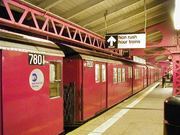 (116k, 600x450)<br><b>Country:</b> United States<br><b>City:</b> New York<br><b>System:</b> New York City Transit<br><b>Line:</b> IRT White Plains Road Line<br><b>Location:</b> East 180th Street <br><b>Route:</b> 5<br><b>Car:</b> R-26 (American Car & Foundry, 1959-60) 7800 <br><b>Photo by:</b> Trevor Logan<br><b>Date:</b> 6/10/2001<br><b>Viewed (this week/total):</b> 0 / 7452