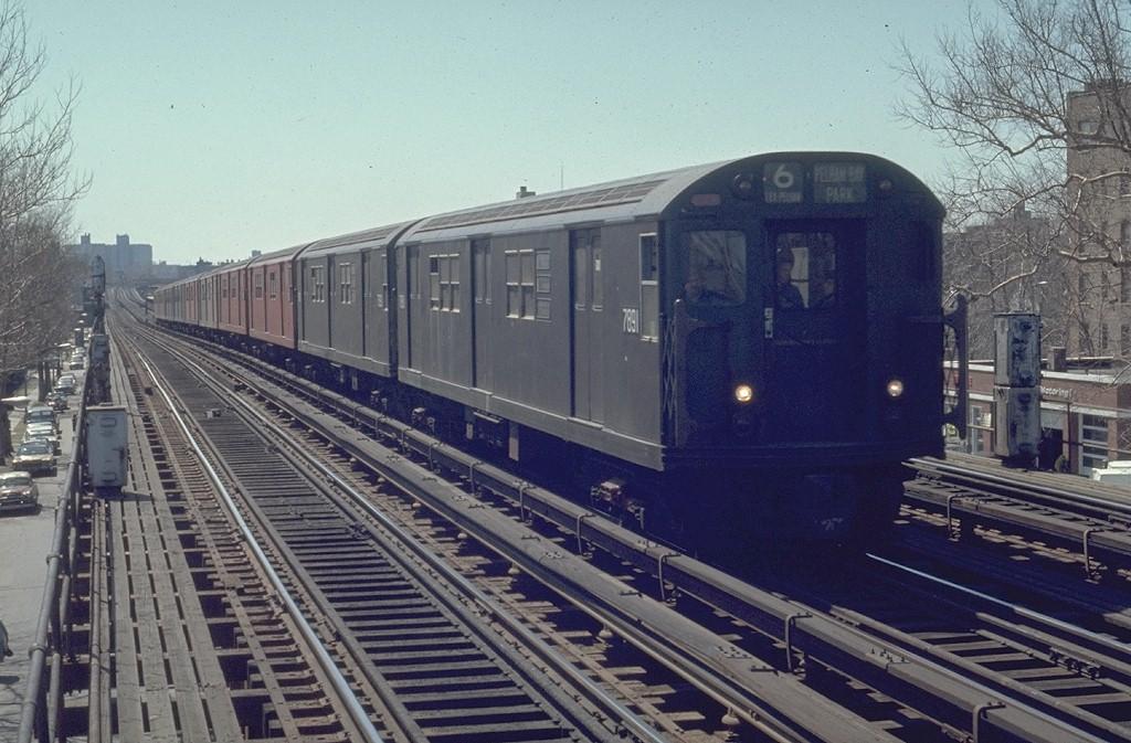 (209k, 1024x673)<br><b>Country:</b> United States<br><b>City:</b> New York<br><b>System:</b> New York City Transit<br><b>Line:</b> IRT Pelham Line<br><b>Location:</b> Westchester Square <br><b>Route:</b> 6<br><b>Car:</b> R-28 (American Car & Foundry, 1960-61) 7891 <br><b>Photo by:</b> Joe Testagrose<br><b>Date:</b> 4/12/1970<br><b>Viewed (this week/total):</b> 0 / 4497