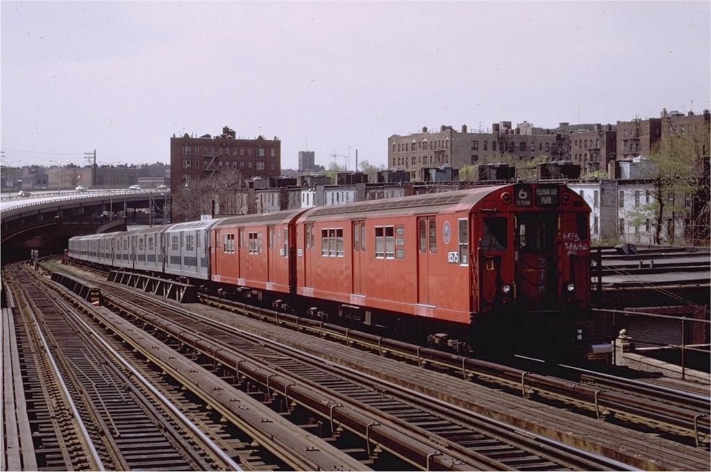 (243k, 1024x680)<br><b>Country:</b> United States<br><b>City:</b> New York<br><b>System:</b> New York City Transit<br><b>Line:</b> IRT Pelham Line<br><b>Location:</b> Whitlock Avenue <br><b>Route:</b> 6<br><b>Car:</b> R-29 (St. Louis, 1962) 8575 <br><b>Photo by:</b> Joe Testagrose<br><b>Date:</b> 5/6/1972<br><b>Viewed (this week/total):</b> 5 / 4526