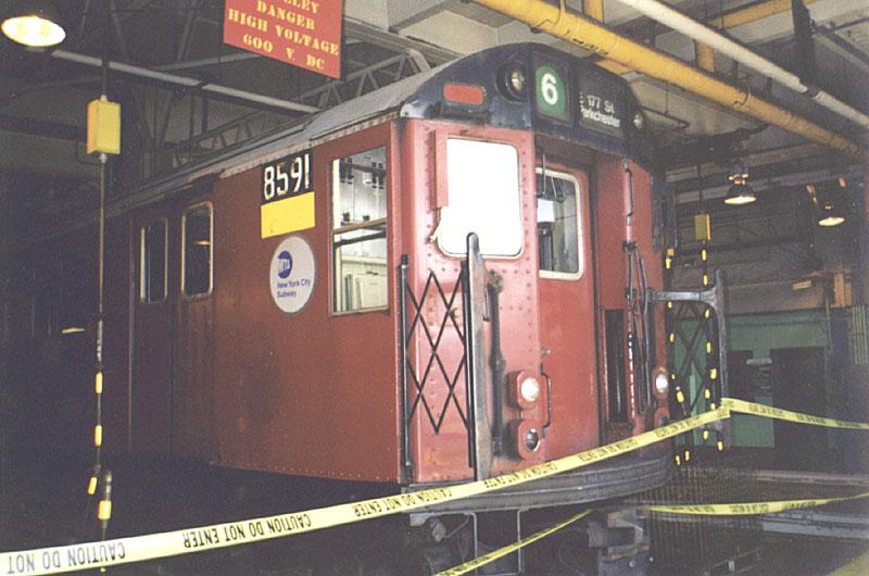 (104k, 800x530)<br><b>Country:</b> United States<br><b>City:</b> New York<br><b>System:</b> New York City Transit<br><b>Location:</b> Westchester Yard<br><b>Car:</b> R-29 (St. Louis, 1962) 8591 <br><b>Photo by:</b> Constantine Steffan<br><b>Date:</b> 9/12/1998<br><b>Viewed (this week/total):</b> 0 / 3854