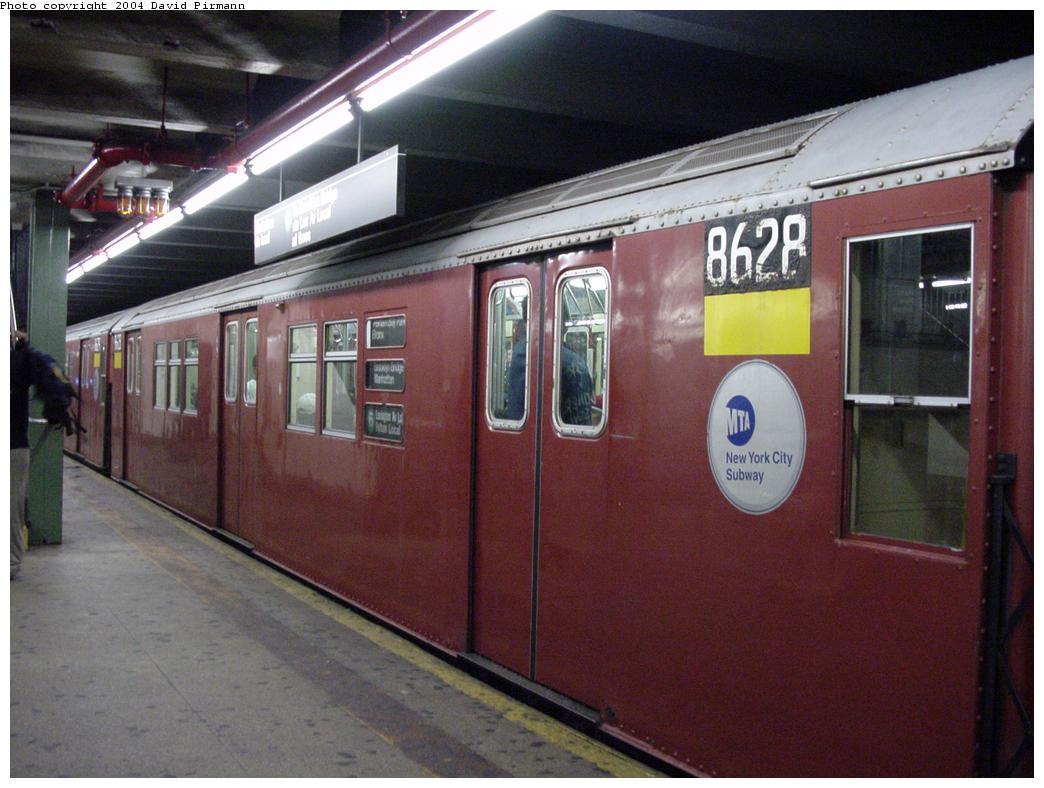(111k, 1044x788)<br><b>Country:</b> United States<br><b>City:</b> New York<br><b>System:</b> New York City Transit<br><b>Line:</b> IRT Pelham Line<br><b>Location:</b> Hunts Point Avenue <br><b>Route:</b> 6<br><b>Car:</b> R-29 (St. Louis, 1962) 8628 <br><b>Photo by:</b> David Pirmann<br><b>Date:</b> 7/29/2000<br><b>Viewed (this week/total):</b> 4 / 5299