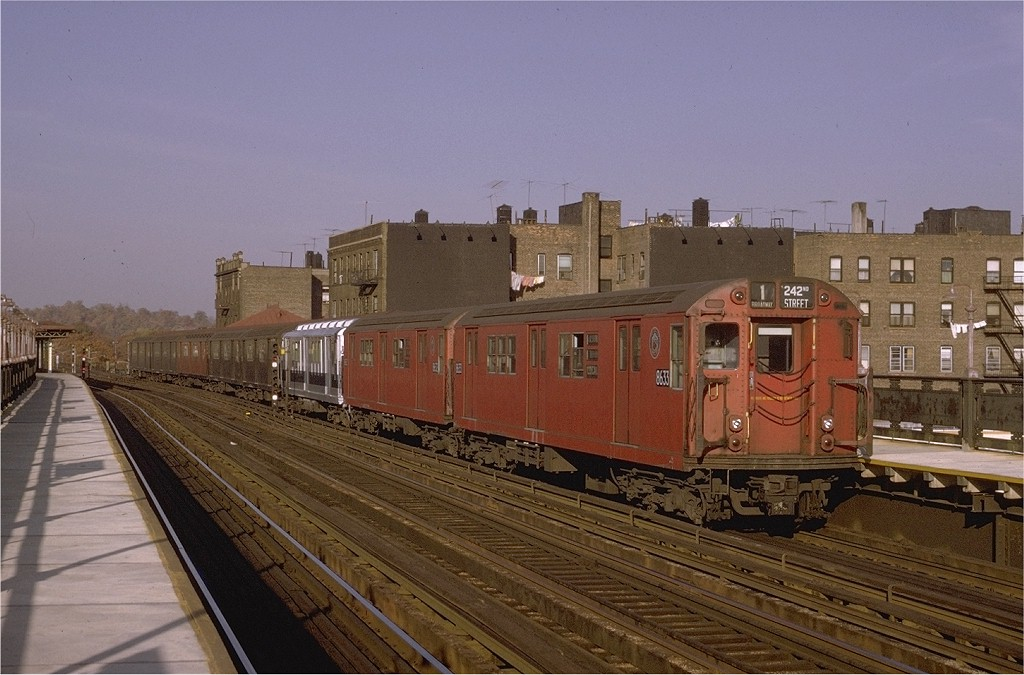 (189k, 1024x675)<br><b>Country:</b> United States<br><b>City:</b> New York<br><b>System:</b> New York City Transit<br><b>Line:</b> IRT West Side Line<br><b>Location:</b> 238th Street <br><b>Route:</b> 1<br><b>Car:</b> R-29 (St. Louis, 1962) 8633 <br><b>Photo by:</b> Joe Testagrose<br><b>Date:</b> 11/7/1970<br><b>Viewed (this week/total):</b> 0 / 2652