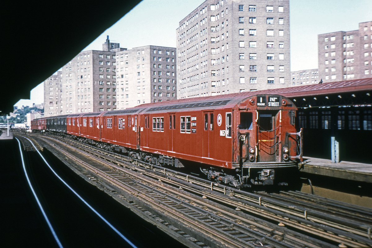 (367k, 1024x683)<br><b>Country:</b> United States<br><b>City:</b> New York<br><b>System:</b> New York City Transit<br><b>Line:</b> IRT West Side Line<br><b>Location:</b> 225th Street <br><b>Route:</b> 1<br><b>Car:</b> R-29 (St. Louis, 1962) 8657 <br><b>Collection of:</b> David Pirmann<br><b>Viewed (this week/total):</b> 2 / 6565