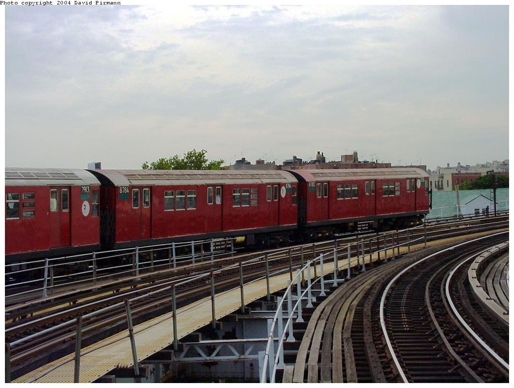 (128k, 1044x788)<br><b>Country:</b> United States<br><b>City:</b> New York<br><b>System:</b> New York City Transit<br><b>Line:</b> IRT White Plains Road Line<br><b>Location:</b> West Farms Sq./East Tremont Ave./177th St. <br><b>Route:</b> 5<br><b>Car:</b> R-29 (St. Louis, 1962) 8784 <br><b>Photo by:</b> David Pirmann<br><b>Date:</b> 7/3/2001<br><b>Viewed (this week/total):</b> 4 / 4488