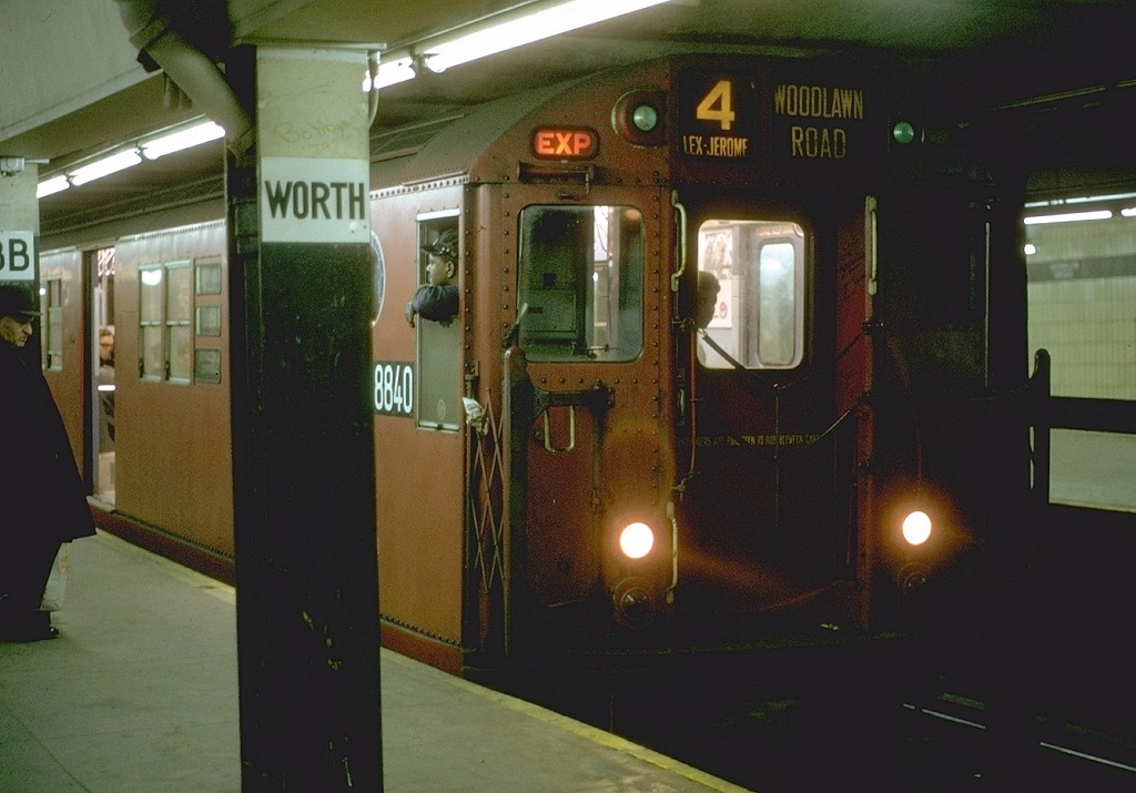 (155k, 1024x715)<br><b>Country:</b> United States<br><b>City:</b> New York<br><b>System:</b> New York City Transit<br><b>Line:</b> IRT East Side Line<br><b>Location:</b> Brooklyn Bridge/City Hall <br><b>Route:</b> 4<br><b>Car:</b> R-33 Main Line (St. Louis, 1962-63) 8840 <br><b>Photo by:</b> Joe Testagrose<br><b>Date:</b> 10/28/1970<br><b>Viewed (this week/total):</b> 2 / 5933