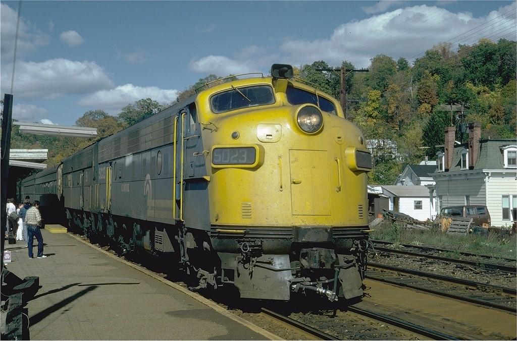 (237k, 1024x676)<br><b>Country:</b> United States<br><b>System:</b> Metro-North Railroad (or Amtrak or Predecessor RR)<br><b>Line:</b> Metro North-Harlem Line<br><b>Location:</b> Croton Falls <br><b>Car:</b> MNRR/NH FL9 5023 <br><b>Photo by:</b> Steve Zabel<br><b>Collection of:</b> Joe Testagrose<br><b>Date:</b> 10/10/1981<br><b>Viewed (this week/total):</b> 2 / 2098