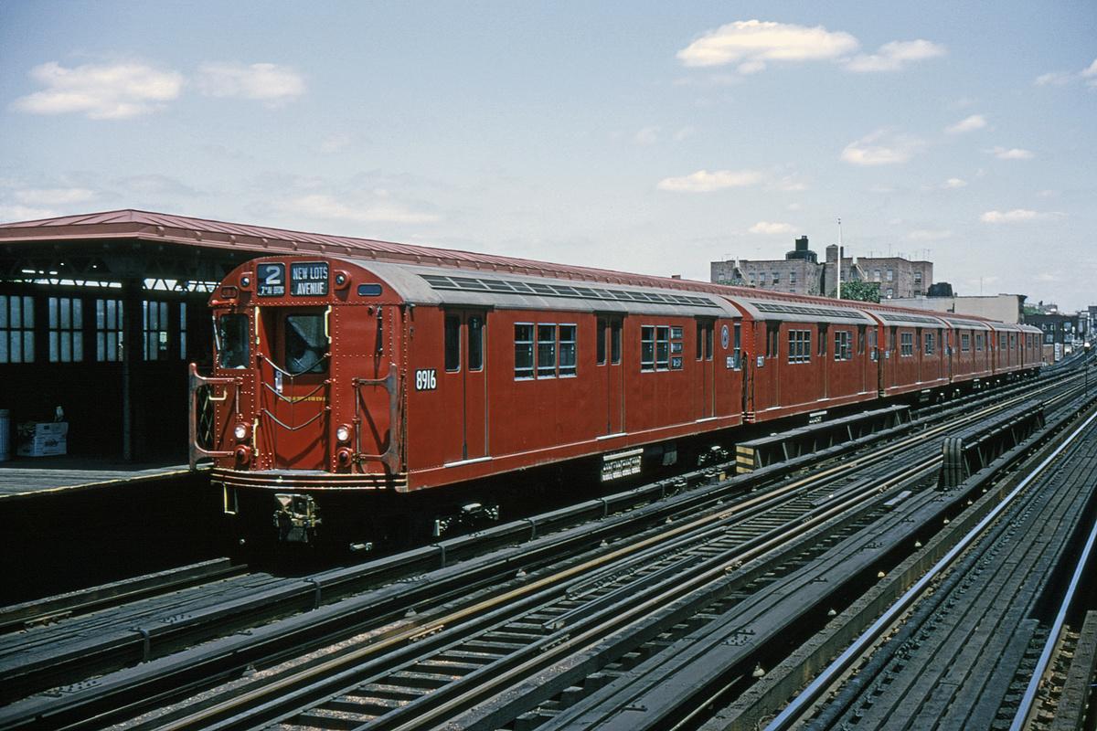 (386k, 1024x683)<br><b>Country:</b> United States<br><b>City:</b> New York<br><b>System:</b> New York City Transit<br><b>Line:</b> IRT White Plains Road Line<br><b>Location:</b> 219th Street <br><b>Route:</b> 2<br><b>Car:</b> R-33 Main Line (St. Louis, 1962-63) 8916 <br><b>Collection of:</b> David Pirmann<br><b>Date:</b> 5/30/1965<br><b>Viewed (this week/total):</b> 3 / 5883