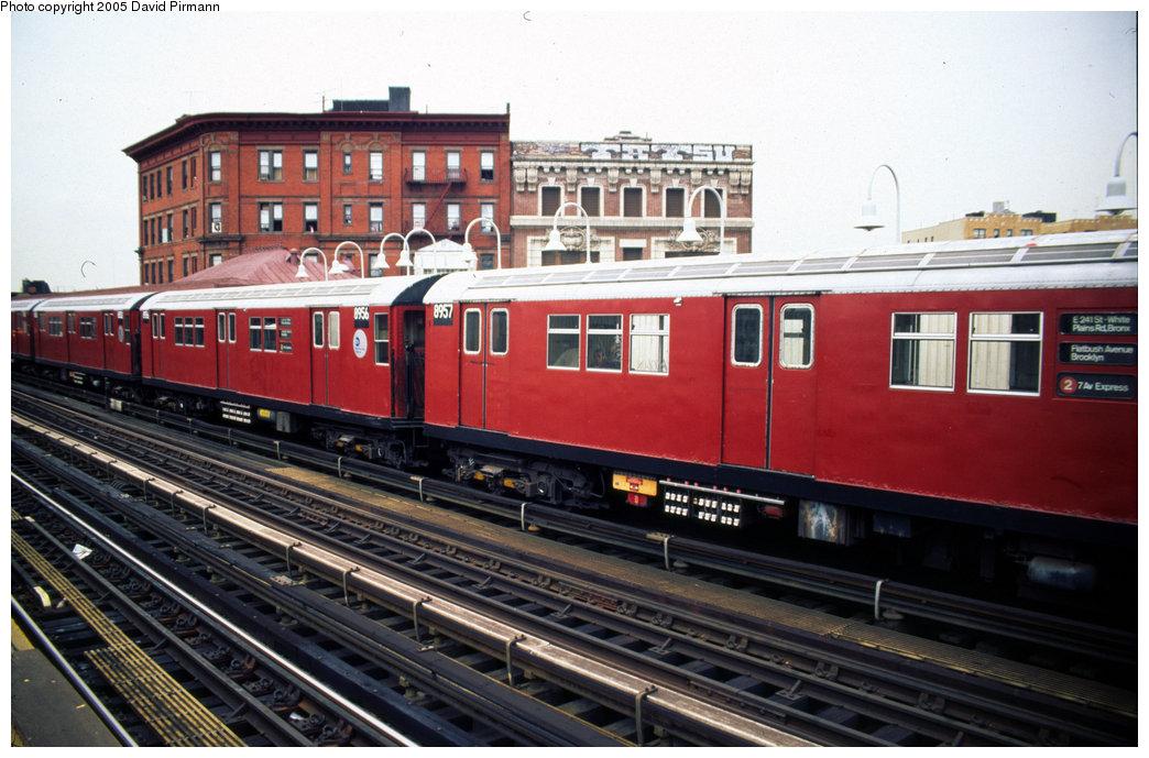 (203k, 1044x689)<br><b>Country:</b> United States<br><b>City:</b> New York<br><b>System:</b> New York City Transit<br><b>Line:</b> IRT White Plains Road Line<br><b>Location:</b> Simpson Street <br><b>Car:</b> R-33 Main Line (St. Louis, 1962-63) 8956 <br><b>Photo by:</b> David Pirmann<br><b>Date:</b> 7/21/1999<br><b>Viewed (this week/total):</b> 0 / 4758