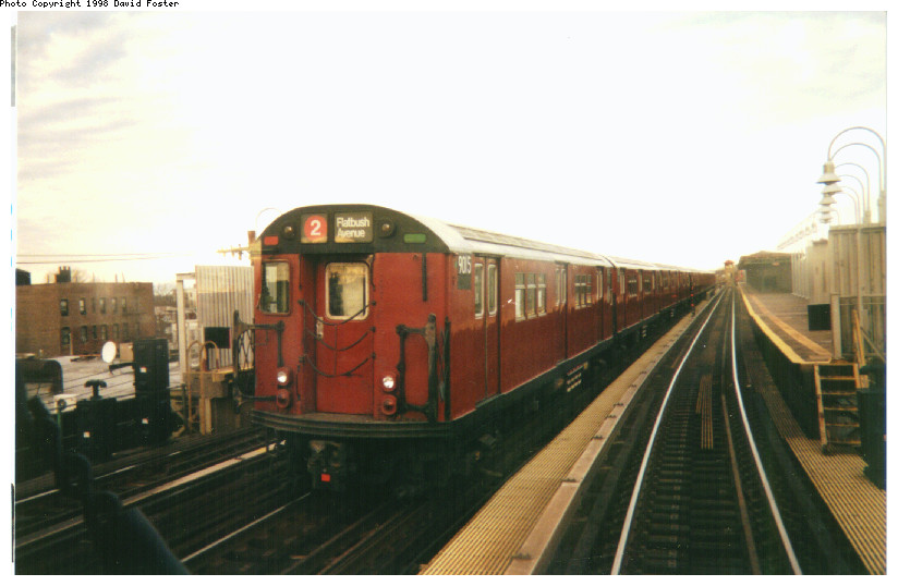 (109k, 824x538)<br><b>Country:</b> United States<br><b>City:</b> New York<br><b>System:</b> New York City Transit<br><b>Line:</b> IRT White Plains Road Line<br><b>Location:</b> 238th Street (Nereid Avenue) <br><b>Route:</b> 2<br><b>Car:</b> R-33 Main Line (St. Louis, 1962-63) 9015 <br><b>Photo by:</b> David Foster<br><b>Date:</b> 1998<br><b>Viewed (this week/total):</b> 1 / 6374