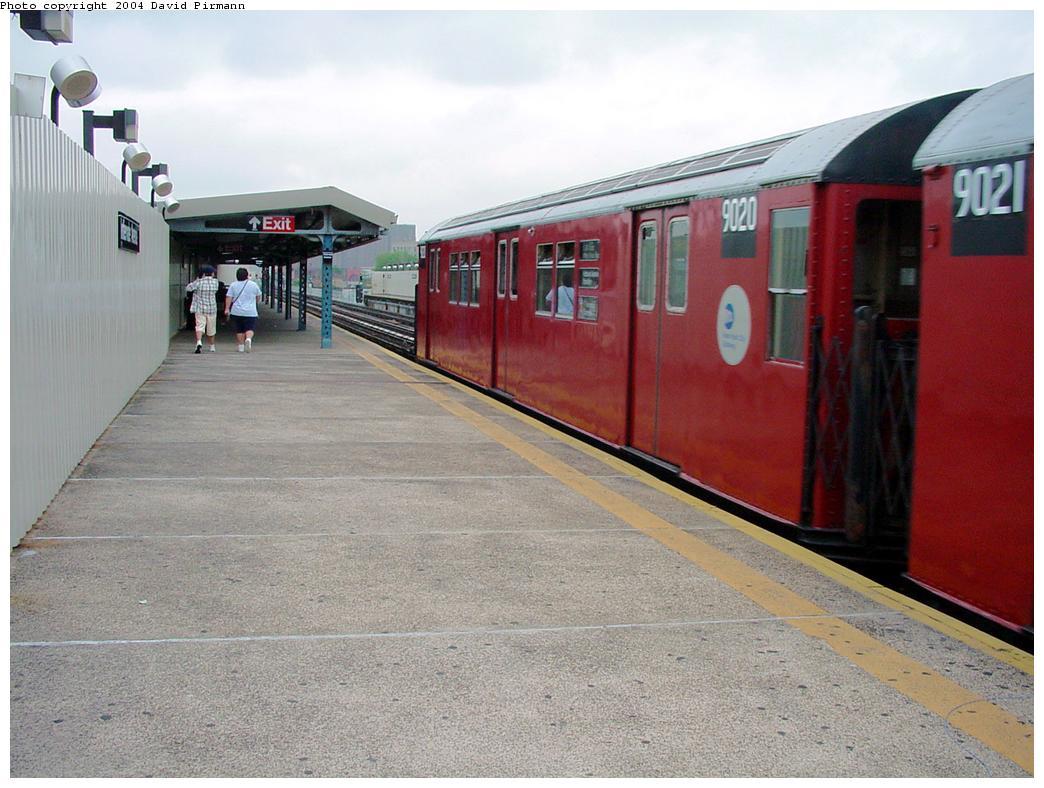 (125k, 1044x788)<br><b>Country:</b> United States<br><b>City:</b> New York<br><b>System:</b> New York City Transit<br><b>Line:</b> IRT White Plains Road Line<br><b>Location:</b> Intervale Avenue <br><b>Route:</b> 2<br><b>Car:</b> R-33 Main Line (St. Louis, 1962-63) 9020 <br><b>Photo by:</b> David Pirmann<br><b>Date:</b> 7/29/2000<br><b>Viewed (this week/total):</b> 0 / 5286
