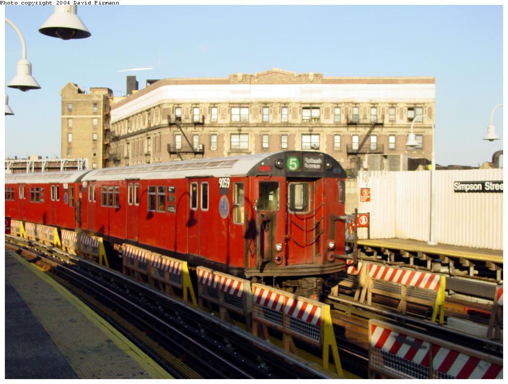 (119k, 1044x788)<br><b>Country:</b> United States<br><b>City:</b> New York<br><b>System:</b> New York City Transit<br><b>Line:</b> IRT White Plains Road Line<br><b>Location:</b> Simpson Street <br><b>Route:</b> 5<br><b>Car:</b> R-33 Main Line (St. Louis, 1962-63) 9059 <br><b>Photo by:</b> David Pirmann<br><b>Date:</b> 8/21/2002<br><b>Viewed (this week/total):</b> 2 / 5683