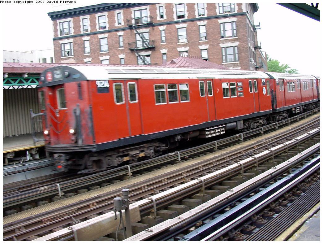 (173k, 1044x788)<br><b>Country:</b> United States<br><b>City:</b> New York<br><b>System:</b> New York City Transit<br><b>Line:</b> IRT White Plains Road Line<br><b>Location:</b> 174th Street <br><b>Route:</b> 2<br><b>Car:</b> R-33 Main Line (St. Louis, 1962-63) 9214 <br><b>Photo by:</b> David Pirmann<br><b>Date:</b> 7/3/2001<br><b>Viewed (this week/total):</b> 1 / 3627