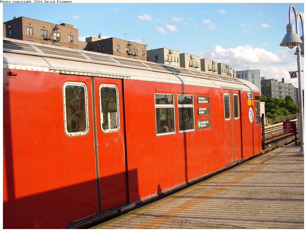 (132k, 1044x788)<br><b>Country:</b> United States<br><b>City:</b> New York<br><b>System:</b> New York City Transit<br><b>Line:</b> IRT Woodlawn Line<br><b>Location:</b> Mt. Eden Avenue <br><b>Route:</b> 4<br><b>Car:</b> R-33 Main Line (St. Louis, 1962-63) 9221 <br><b>Photo by:</b> David Pirmann<br><b>Date:</b> 7/12/2001<br><b>Viewed (this week/total):</b> 6 / 4743