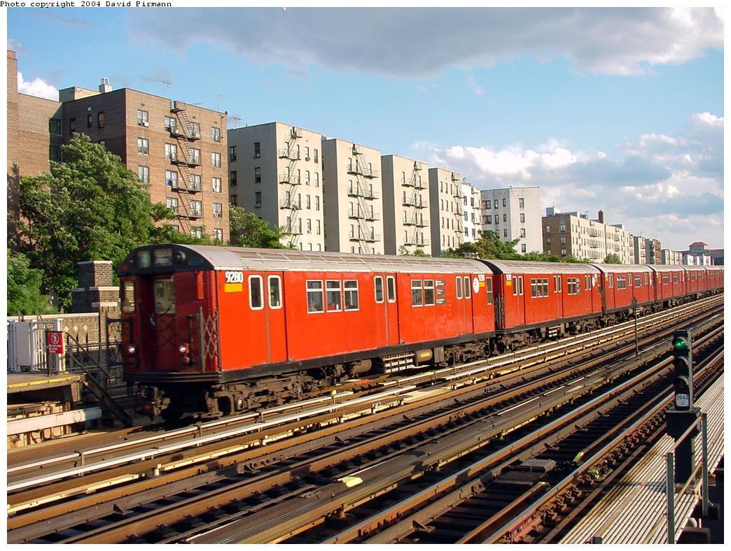 (183k, 1044x788)<br><b>Country:</b> United States<br><b>City:</b> New York<br><b>System:</b> New York City Transit<br><b>Line:</b> IRT Woodlawn Line<br><b>Location:</b> Mt. Eden Avenue <br><b>Route:</b> 4<br><b>Car:</b> R-33 Main Line (St. Louis, 1962-63) 9280 <br><b>Photo by:</b> David Pirmann<br><b>Date:</b> 7/12/2001<br><b>Viewed (this week/total):</b> 1 / 5938
