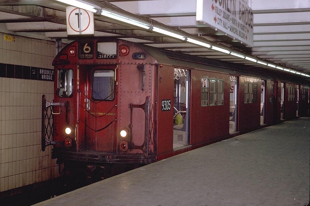 (247k, 1024x681)<br><b>Country:</b> United States<br><b>City:</b> New York<br><b>System:</b> New York City Transit<br><b>Line:</b> IRT East Side Line<br><b>Location:</b> Brooklyn Bridge/City Hall <br><b>Route:</b> 6<br><b>Car:</b> R-33 Main Line (St. Louis, 1962-63) 9305 <br><b>Photo by:</b> Joe Testagrose<br><b>Viewed (this week/total):</b> 0 / 4782