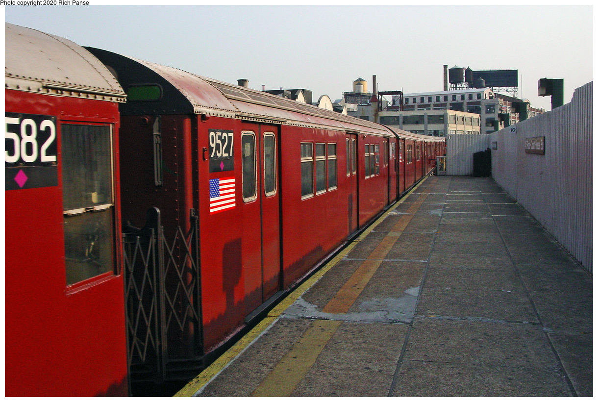 (51k, 820x620)<br><b>Country:</b> United States<br><b>City:</b> New York<br><b>System:</b> New York City Transit<br><b>Line:</b> IRT Flushing Line<br><b>Location:</b> Court House Square/45th Road <br><b>Route:</b> 7<br><b>Car:</b> R-36 Main Line (St. Louis, 1964) 9527 <br><b>Photo by:</b> Richard Panse<br><b>Date:</b> 7/18/2002<br><b>Viewed (this week/total):</b> 5 / 2624