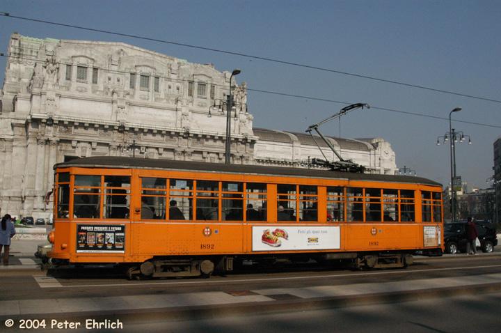 (154k, 720x478)<br><b>Country:</b> Italy<br><b>City:</b> Milan<br><b>System:</b> Azienda Trasporti Milanesi (ATM)<br><b>Location:</b> Duca d'Aosta Stz Centrale <br><b>Route:</b> 5<br><b>Car:</b> Milan Milano/Peter Witt (1927-1930)  1892 <br><b>Photo by:</b> Peter Ehrlich<br><b>Date:</b> 3/15/2004<br><b>Viewed (this week/total):</b> 1 / 1543