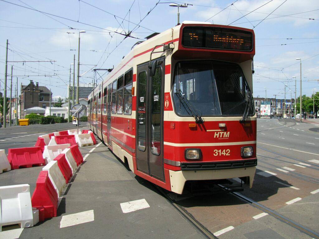 (124k, 1024x768)<br><b>Country:</b> The Netherlands<br><b>City:</b> The Hague<br><b>System:</b> HTM (Haagsche Tramweg Maatschappij) <br><b>Location:</b> Rijswijkseplein <br><b>Route:</b> 15<br><b>Car:</b> HTM GLT-8-2  3142 <br><b>Photo by:</b> Jos Straathof<br><b>Date:</b> 5/23/2009<br><b>Viewed (this week/total):</b> 1 / 752