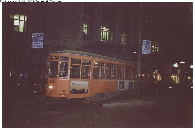 (45k, 820x547)<br><b>Country:</b> Italy<br><b>City:</b> Milan<br><b>System:</b> Azienda Trasporti Milanesi (ATM)<br><b>Location:</b> 4 Novembre Stz Centrale <br><b>Car:</b> Milan Milano/Peter Witt (1927-1930)  1921 <br><b>Photo by:</b> Bernard Chatreau<br><b>Date:</b> 2/17/2001<br><b>Viewed (this week/total):</b> 3 / 1416