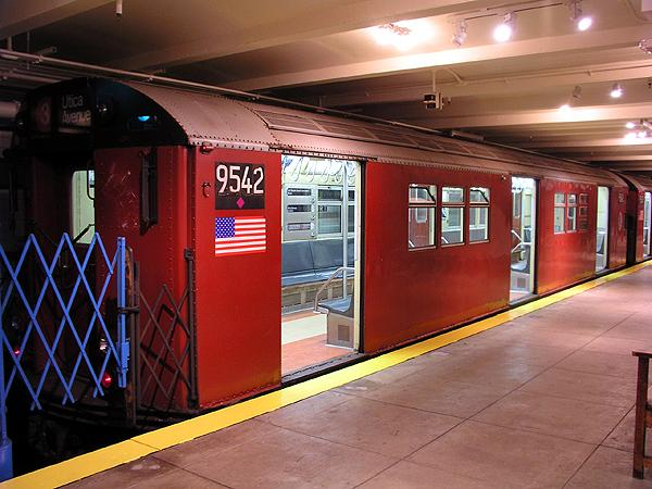 (70k, 600x450)<br><b>Country:</b> United States<br><b>City:</b> New York<br><b>System:</b> New York City Transit<br><b>Location:</b> New York Transit Museum<br><b>Car:</b> R-36 Main Line (St. Louis, 1964) 9542 <br><b>Photo by:</b> Trevor Logan<br><b>Date:</b> 5/16/2004<br><b>Viewed (this week/total):</b> 2 / 11991