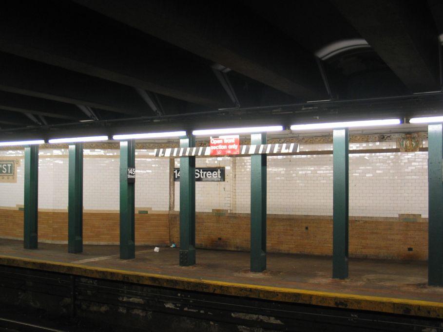 (73k, 909x682)<br><b>Country:</b> United States<br><b>City:</b> New York<br><b>System:</b> New York City Transit<br><b>Line:</b> IRT Lenox Line<br><b>Location:</b> 145th Street <br><b>Photo by:</b> Brian Weinberg<br><b>Date:</b> 5/17/2004<br><b>Viewed (this week/total):</b> 0 / 3210