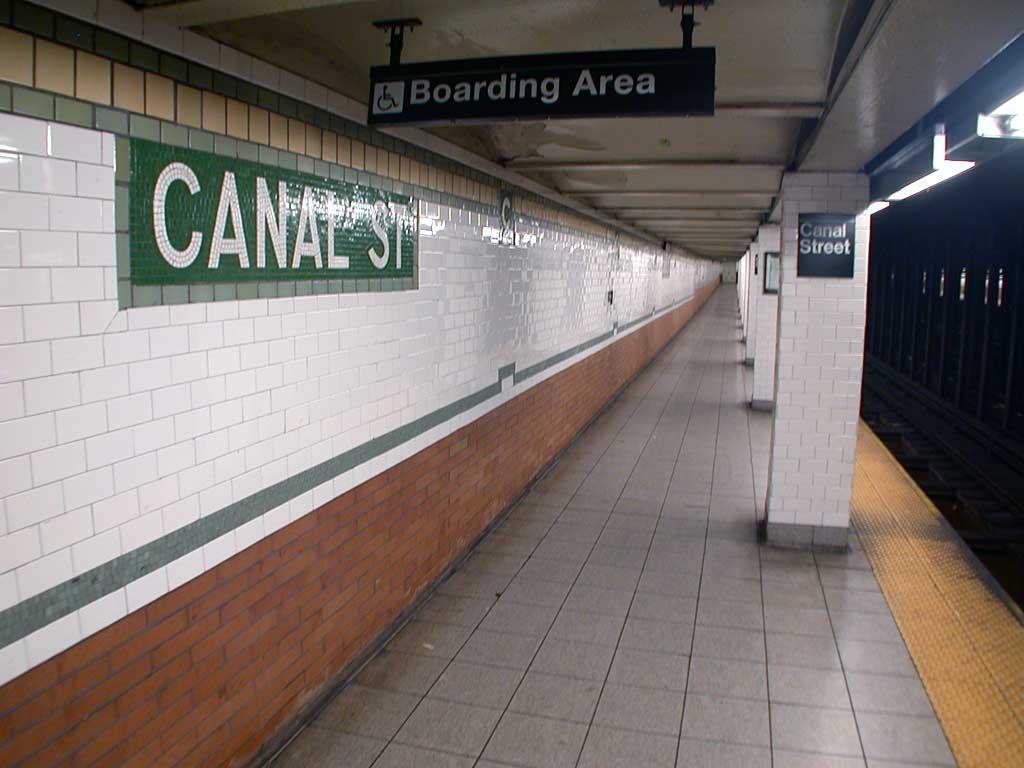 (64k, 1024x768)<br><b>Country:</b> United States<br><b>City:</b> New York<br><b>System:</b> New York City Transit<br><b>Line:</b> IRT East Side Line<br><b>Location:</b> Canal Street <br><b>Photo by:</b> Josh Lubchansky<br><b>Date:</b> 5/2004<br><b>Notes:</b> Platform view<br><b>Viewed (this week/total):</b> 0 / 4412