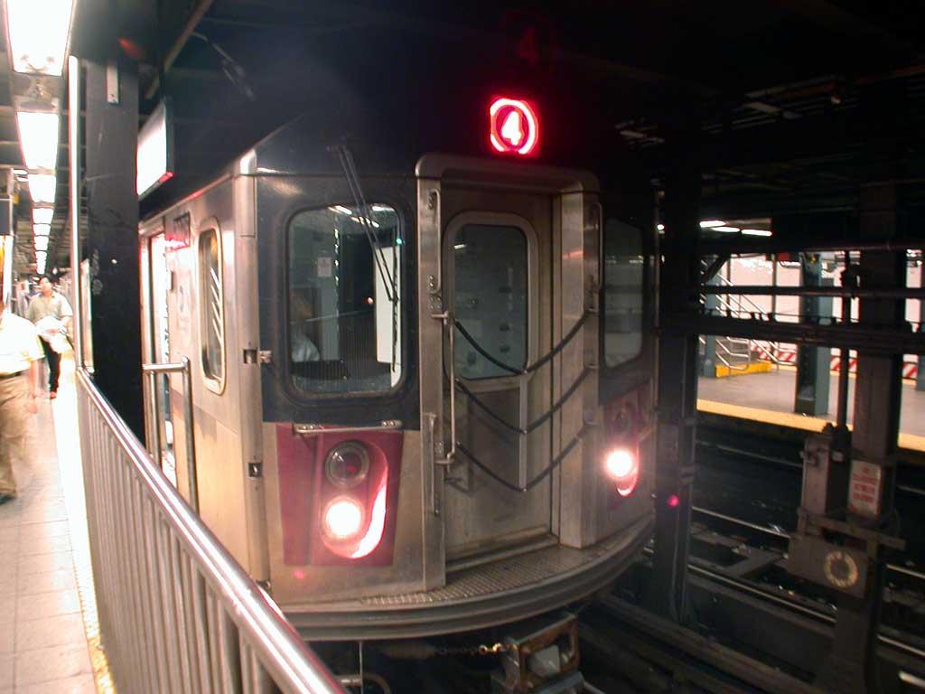 (64k, 1024x768)<br><b>Country:</b> United States<br><b>City:</b> New York<br><b>System:</b> New York City Transit<br><b>Line:</b> IRT East Side Line<br><b>Location:</b> 14th Street/Union Square <br><b>Route:</b> 4<br><b>Car:</b> R-142 (Option Order, Bombardier, 2002-2003)  7075 <br><b>Photo by:</b> Josh Lubchansky<br><b>Date:</b> 5/2004<br><b>Viewed (this week/total):</b> 0 / 6761