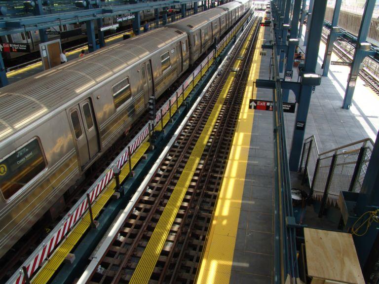 (102k, 768x576)<br><b>Country:</b> United States<br><b>City:</b> New York<br><b>System:</b> New York City Transit<br><b>Location:</b> Coney Island/Stillwell Avenue<br><b>Route:</b> Q<br><b>Car:</b> R-68/R-68A Series (Number Unknown)  <br><b>Photo by:</b> Richard Panse<br><b>Date:</b> 5/23/2004<br><b>Viewed (this week/total):</b> 0 / 3677