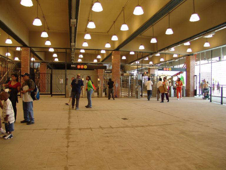 (71k, 768x576)<br><b>Country:</b> United States<br><b>City:</b> New York<br><b>System:</b> New York City Transit<br><b>Location:</b> Coney Island/Stillwell Avenue<br><b>Photo by:</b> Richard Panse<br><b>Date:</b> 5/23/2004<br><b>Viewed (this week/total):</b> 0 / 3482