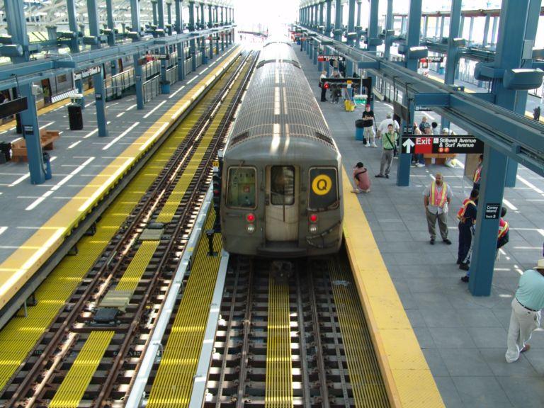 (105k, 768x576)<br><b>Country:</b> United States<br><b>City:</b> New York<br><b>System:</b> New York City Transit<br><b>Location:</b> Coney Island/Stillwell Avenue<br><b>Route:</b> Q<br><b>Car:</b> R-68/R-68A Series (Number Unknown)  <br><b>Photo by:</b> Richard Panse<br><b>Date:</b> 5/23/2004<br><b>Viewed (this week/total):</b> 1 / 4679