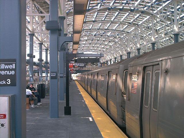 (110k, 640x480)<br><b>Country:</b> United States<br><b>City:</b> New York<br><b>System:</b> New York City Transit<br><b>Location:</b> Coney Island/Stillwell Avenue<br><b>Route:</b> F<br><b>Car:</b> R-68A (Kawasaki, 1988-1989)  5032 <br><b>Photo by:</b> Tony Mirabella<br><b>Date:</b> 5/23/2004<br><b>Viewed (this week/total):</b> 2 / 4907