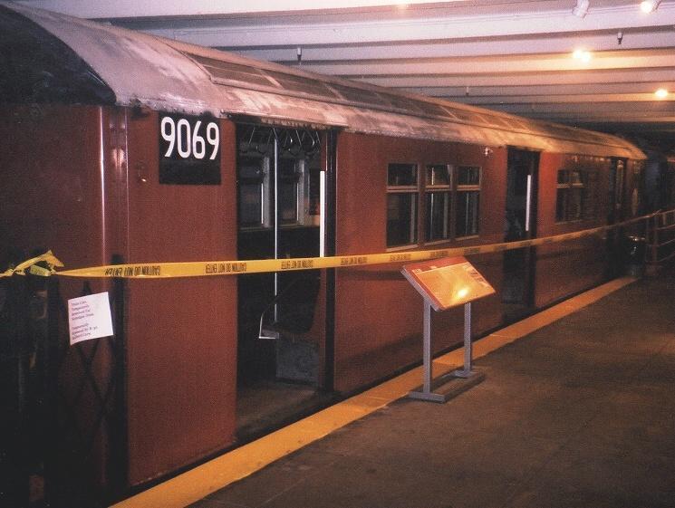 (57k, 745x561)<br><b>Country:</b> United States<br><b>City:</b> New York<br><b>System:</b> New York City Transit<br><b>Location:</b> New York Transit Museum<br><b>Car:</b> R-33 Main Line (St. Louis, 1962-63) 9069 <br><b>Photo by:</b> Gary Chatterton<br><b>Date:</b> 4/24/2004<br><b>Viewed (this week/total):</b> 0 / 4240