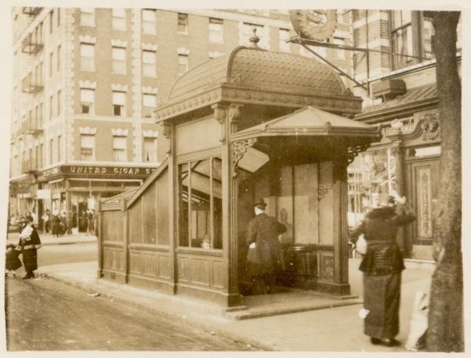 (52k, 687x523)<br><b>Country:</b> United States<br><b>City:</b> New York<br><b>System:</b> New York City Transit<br><b>Line:</b> IRT West Side Line<br><b>Location:</b> 145th Street <br><b>Collection of:</b> George Cuhaj<br><b>Viewed (this week/total):</b> 6 / 9165