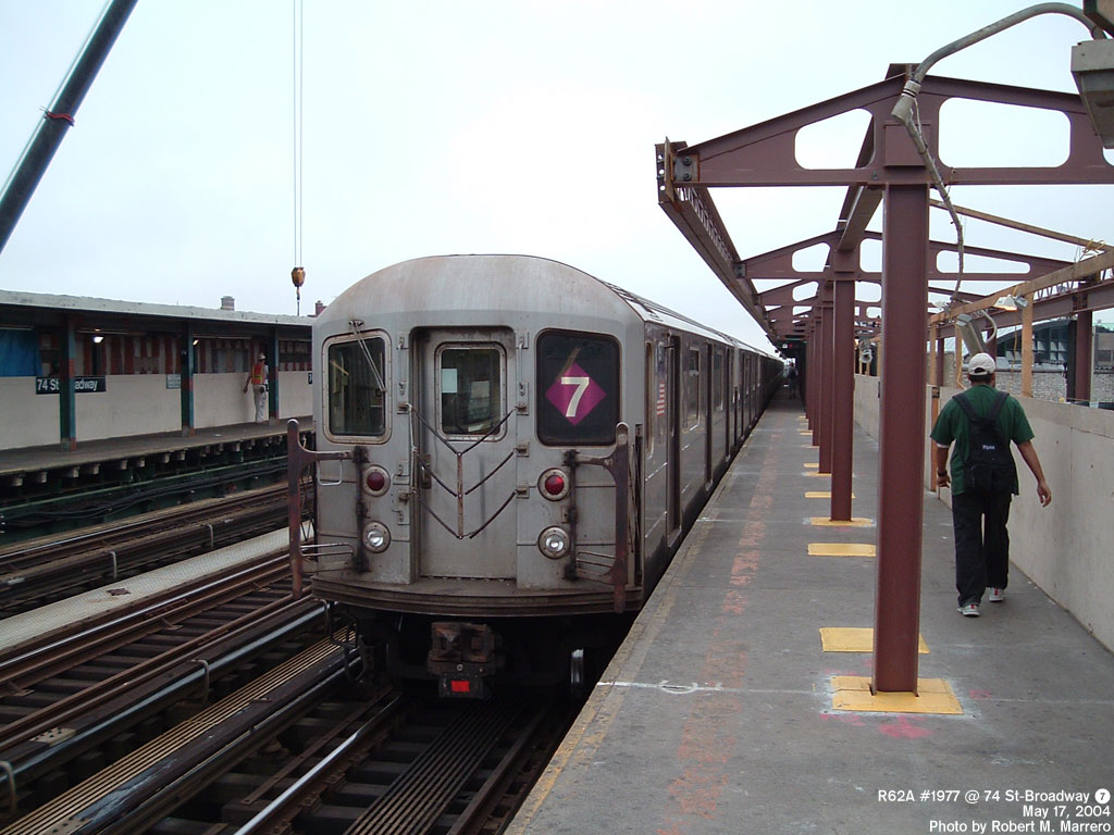 (154k, 1024x768)<br><b>Country:</b> United States<br><b>City:</b> New York<br><b>System:</b> New York City Transit<br><b>Line:</b> IRT Flushing Line<br><b>Location:</b> 74th Street/Broadway <br><b>Route:</b> 7<br><b>Car:</b> R-62A (Bombardier, 1984-1987)  1977 <br><b>Photo by:</b> Robert Marrero<br><b>Date:</b> 5/17/2004<br><b>Viewed (this week/total):</b> 1 / 6064