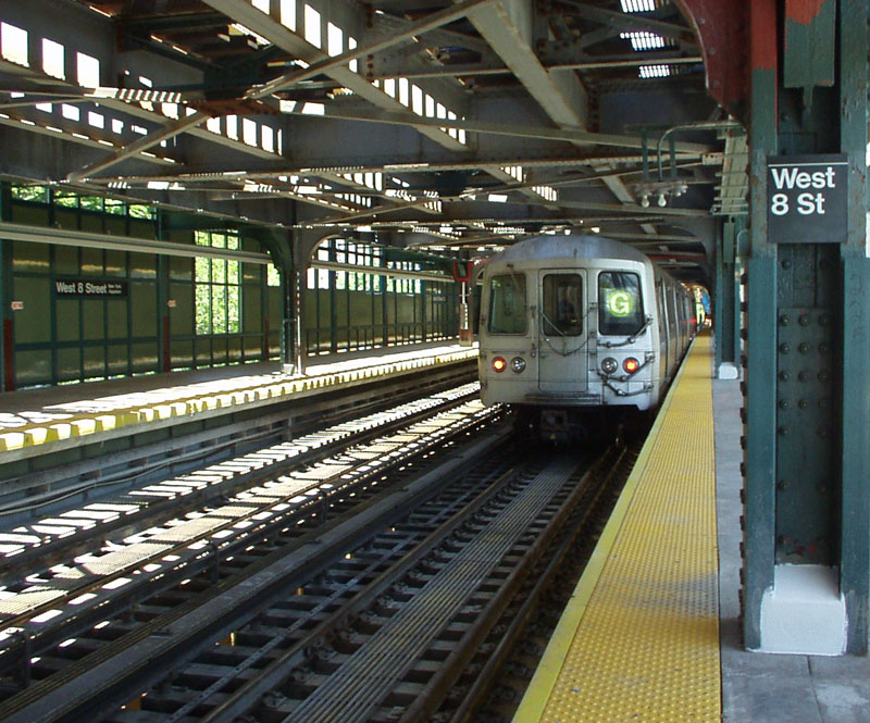 (184k, 800x665)<br><b>Country:</b> United States<br><b>City:</b> New York<br><b>System:</b> New York City Transit<br><b>Line:</b> BMT Culver Line<br><b>Location:</b> West 8th Street <br><b>Route:</b> G<br><b>Car:</b> R-46 (Pullman-Standard, 1974-75)  <br><b>Photo by:</b> Gail Pickett<br><b>Date:</b> 6/12/2004<br><b>Viewed (this week/total):</b> 0 / 6516