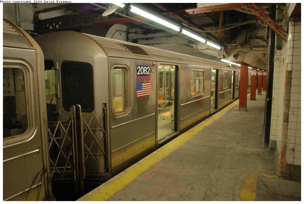 (158k, 1044x701)<br><b>Country:</b> United States<br><b>City:</b> New York<br><b>System:</b> New York City Transit<br><b>Line:</b> IRT Flushing Line<br><b>Location:</b> Times Square <br><b>Route:</b> 7<br><b>Car:</b> R-62A (Bombardier, 1984-1987)  2082 <br><b>Photo by:</b> David Pirmann<br><b>Date:</b> 6/19/2004<br><b>Viewed (this week/total):</b> 2 / 3648