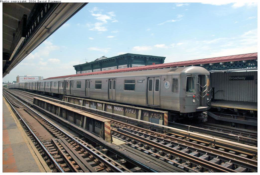 (180k, 1044x701)<br><b>Country:</b> United States<br><b>City:</b> New York<br><b>System:</b> New York City Transit<br><b>Line:</b> BMT Astoria Line<br><b>Location:</b> Broadway<br><b>Route:</b> N<br><b>Car:</b> R-68A (Kawasaki, 1988-1989) 5146 <br><b>Photo by:</b> David Pirmann<br><b>Date:</b> 6/19/2004<br><b>Viewed (this week/total):</b> 0 / 3107