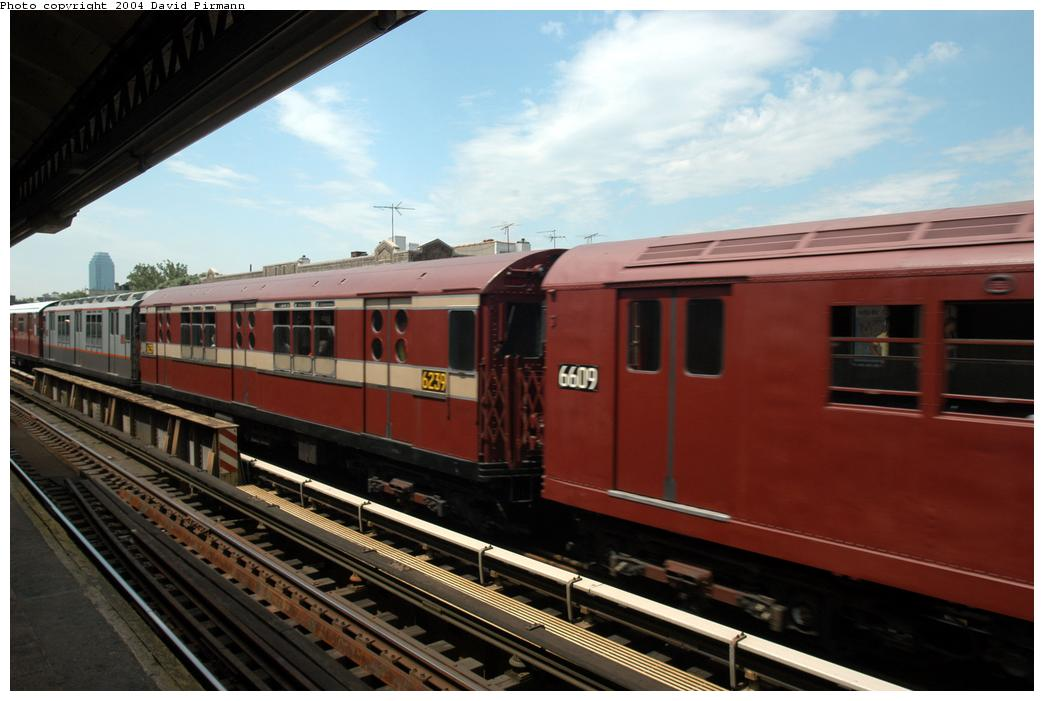 (140k, 1044x701)<br><b>Country:</b> United States<br><b>City:</b> New York<br><b>System:</b> New York City Transit<br><b>Line:</b> BMT Astoria Line<br><b>Location:</b> Broadway <br><b>Route:</b> Fan Trip<br><b>Car:</b> R-15 (American Car & Foundry, 1950) 6239 <br><b>Photo by:</b> David Pirmann<br><b>Date:</b> 6/19/2004<br><b>Viewed (this week/total):</b> 0 / 2299