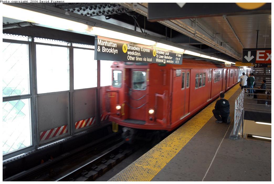 (148k, 1044x701)<br><b>Country:</b> United States<br><b>City:</b> New York<br><b>System:</b> New York City Transit<br><b>Line:</b> BMT Astoria Line<br><b>Location:</b> Queensborough Plaza <br><b>Route:</b> Fan Trip<br><b>Car:</b> R-33 Main Line (St. Louis, 1962-63) 9017 <br><b>Photo by:</b> David Pirmann<br><b>Date:</b> 6/19/2004<br><b>Viewed (this week/total):</b> 0 / 5125